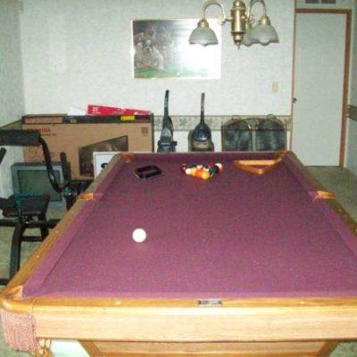 Brunswick Clawfoot 8' Foot Regulation Pool Table